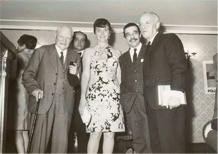Alessandro Romanelli avec Giuseppe Ungaretti, Hotel Flora. 1966.