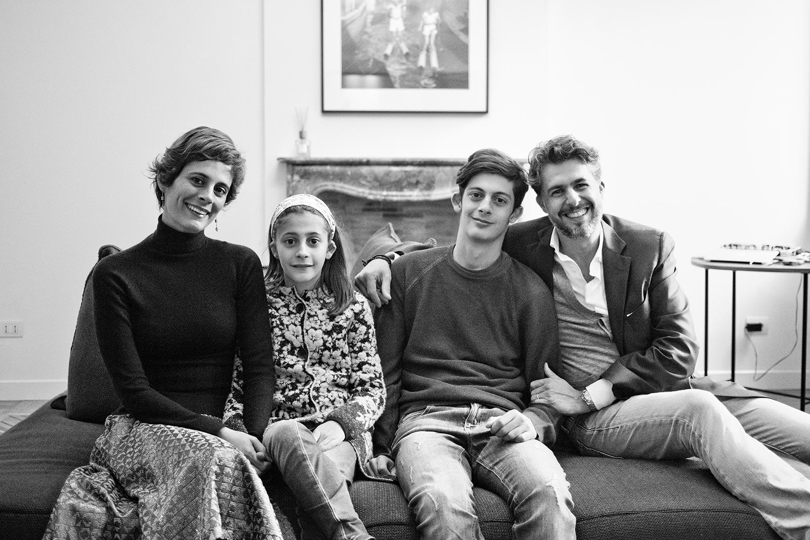 Heiby et Gioele Romanelli avec leur fils Alma et Noah.